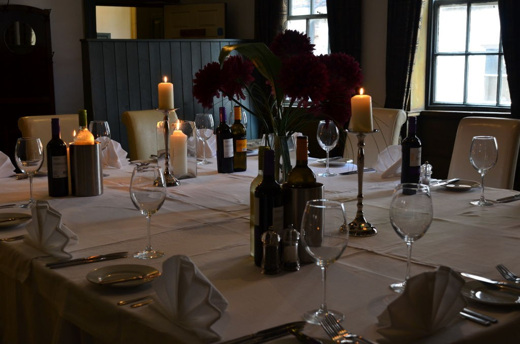 White Horse and Griffin Whitby - Group Venue Hire Table Setting