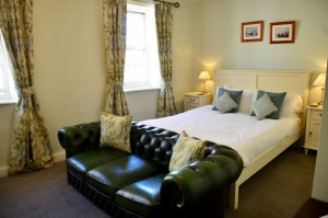 Wakeful Bedroom - White Horse and Griffin Whitby