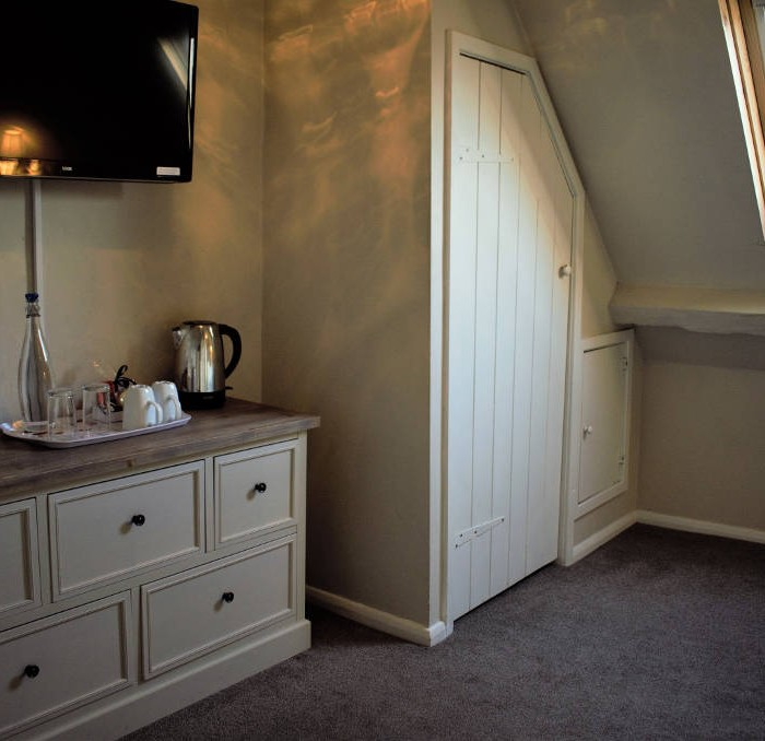 Bagatelle Bedroom - White Horse and Griffin Hotel Whitby
