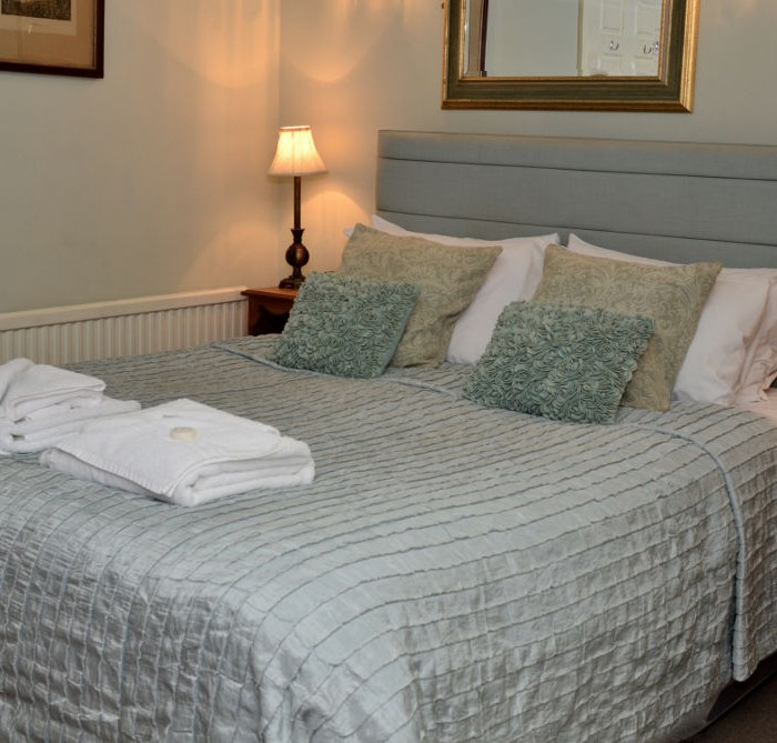 Provider Bedroom - White Horse and Griffin Whitby